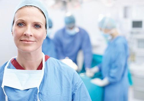 Produkte und Dienstleistungen für Augenchirurgen